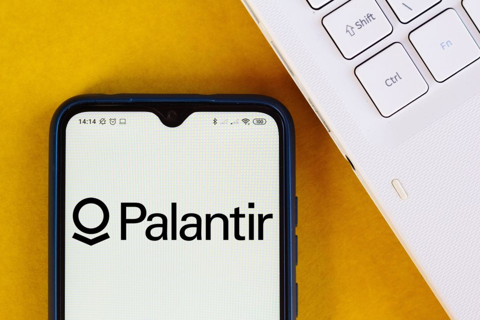 Peter Thiel's Shady, Money-Losing Data Firm Palantir Goes Public At Huge Valuation