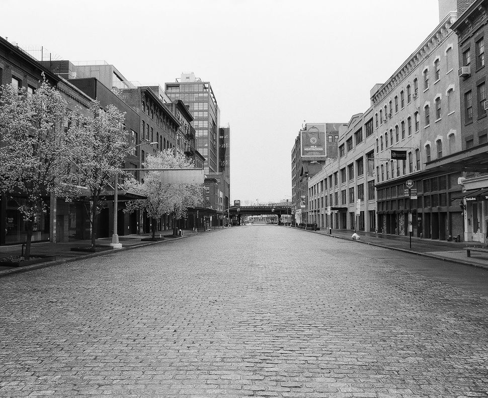Photos of NYC's Quiet Streets Capture the City's Transformation Under COVID-19