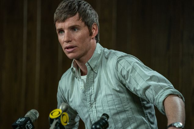 Eddie Redmayne as Tom Hayden in The Trial of the Chicago 7