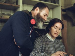 Francis Lee directs Kate Winslet on the set of Ammonite
