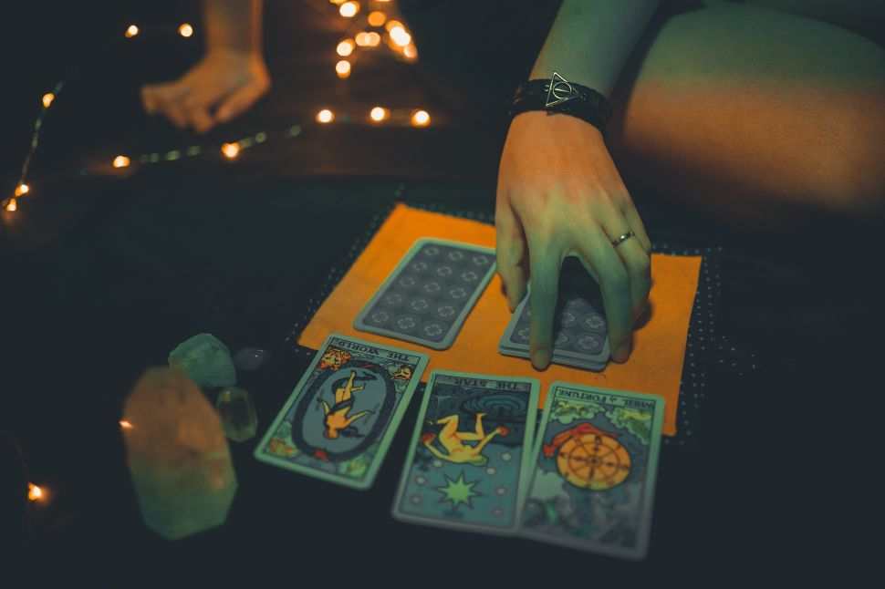 Are $1 Online Psychic Readings Legit? Reputable Sites For Cheap Psychic Readings