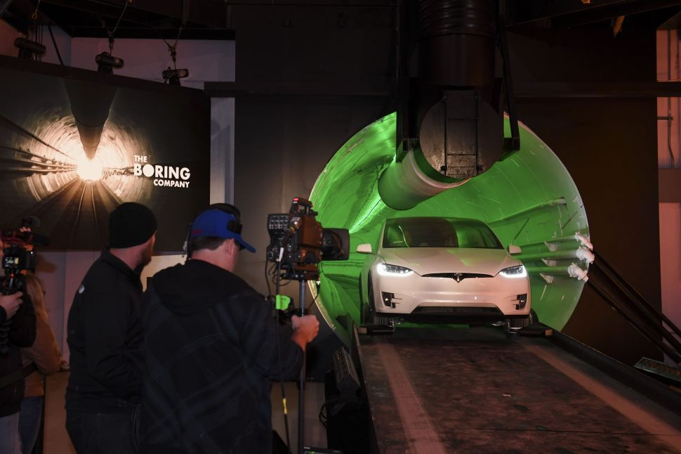Elon Musk's Boring Company Plans Las Vegas Takeover After Monorail Goes Bankrupt