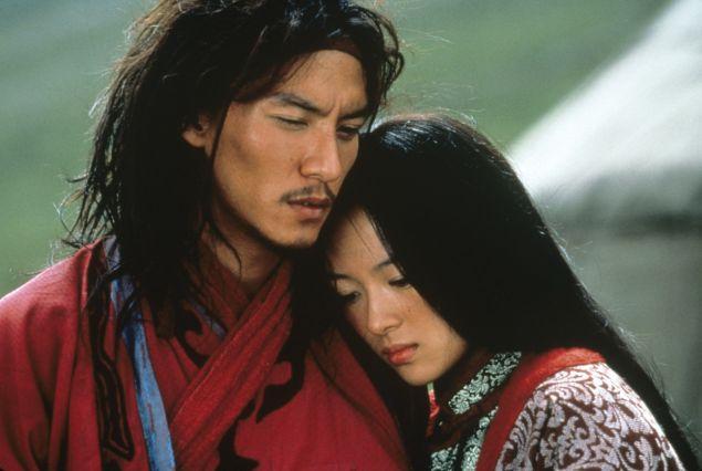 """Chang Chen as Lo """"Dark Cloud"""" and Zhang Ziyi as Jen Yu in Crouching Tiger, Hidden Dragon"""