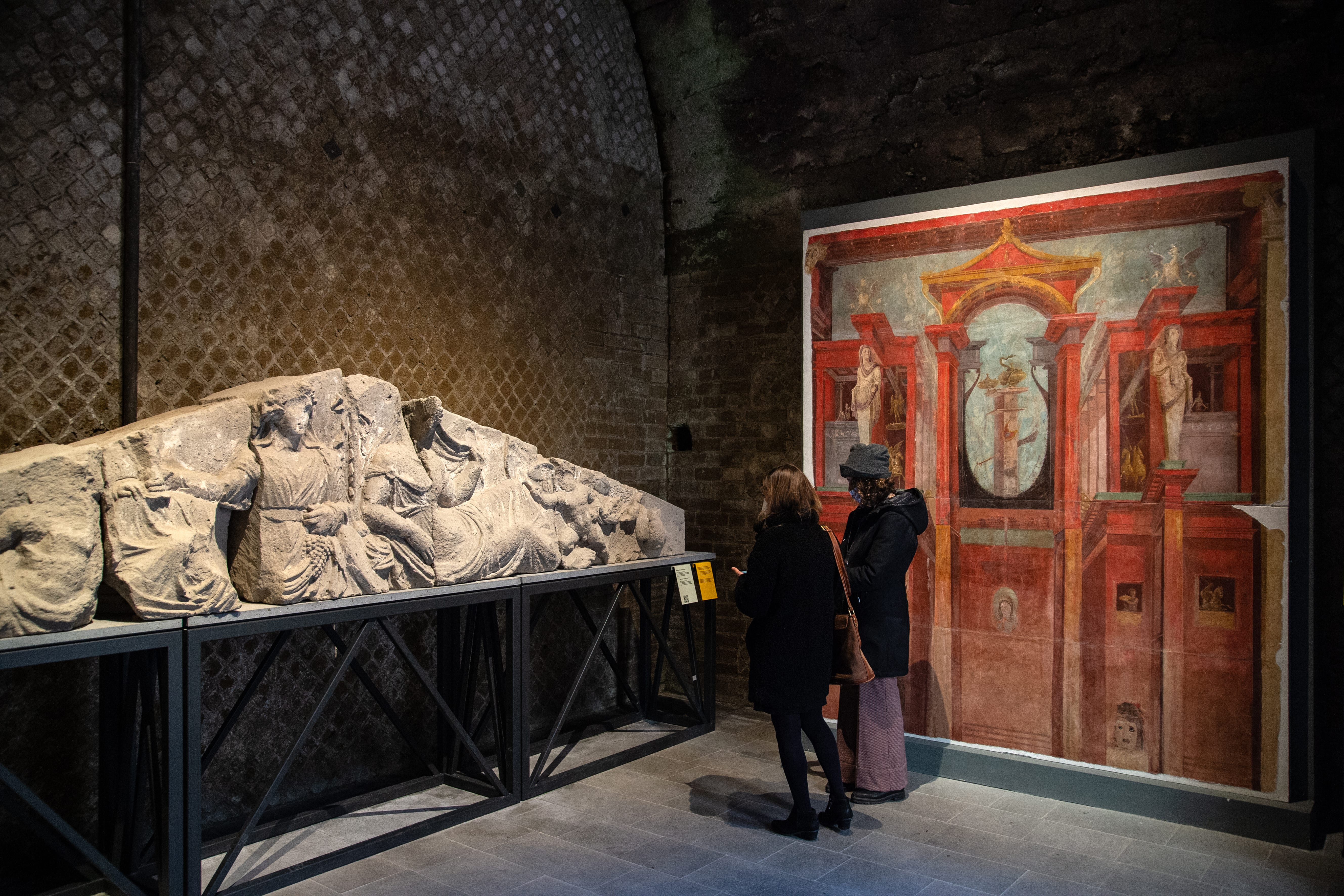 Visitors to the Pompeii Museum Can Expect Casts of Victims and Ancient Graffiti