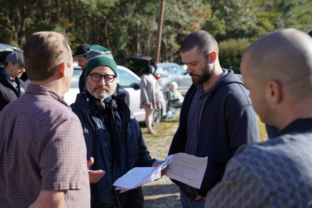 Director Fisher Stevens and Justin Timberlake on the set of Palmer