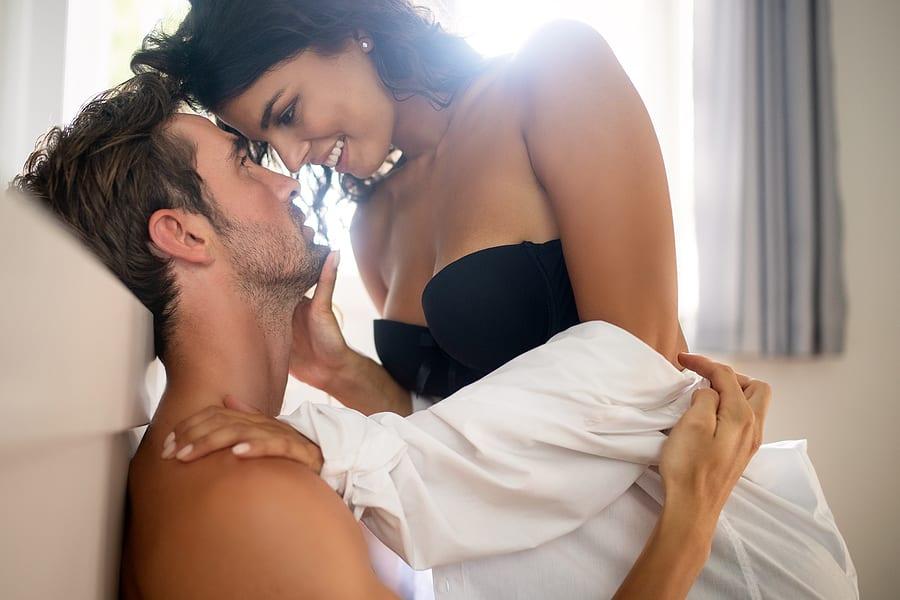 Best Pheromones for Men: Top 5 Pheromone Colognes to Attract Women (2021 Reviews)