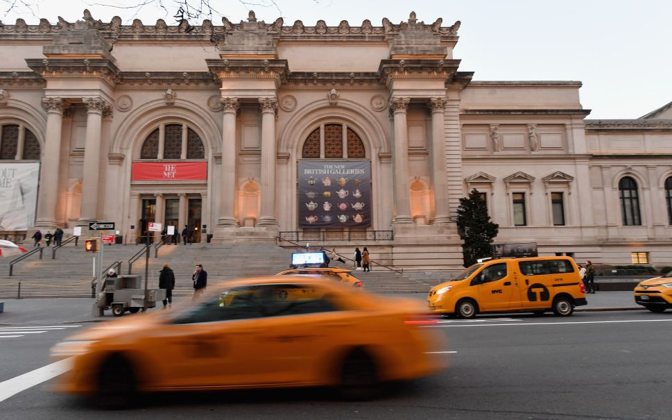 Former Met Director Compares Deaccessioning to Crack Addiction in Controversial Post