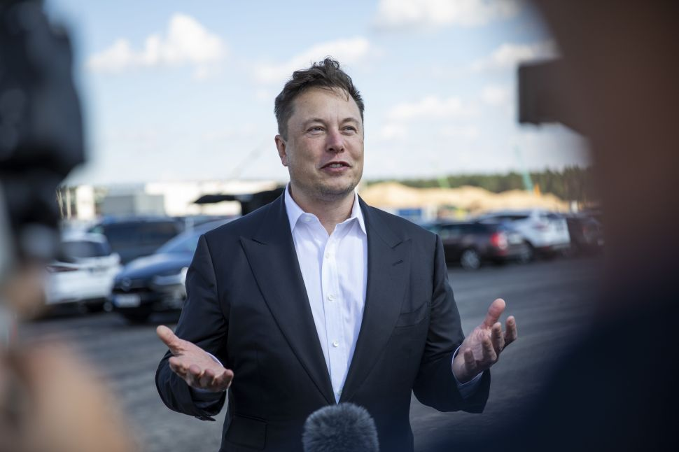 Elon Musk Reveals Rules to His $100 Million Climate Tech Competition