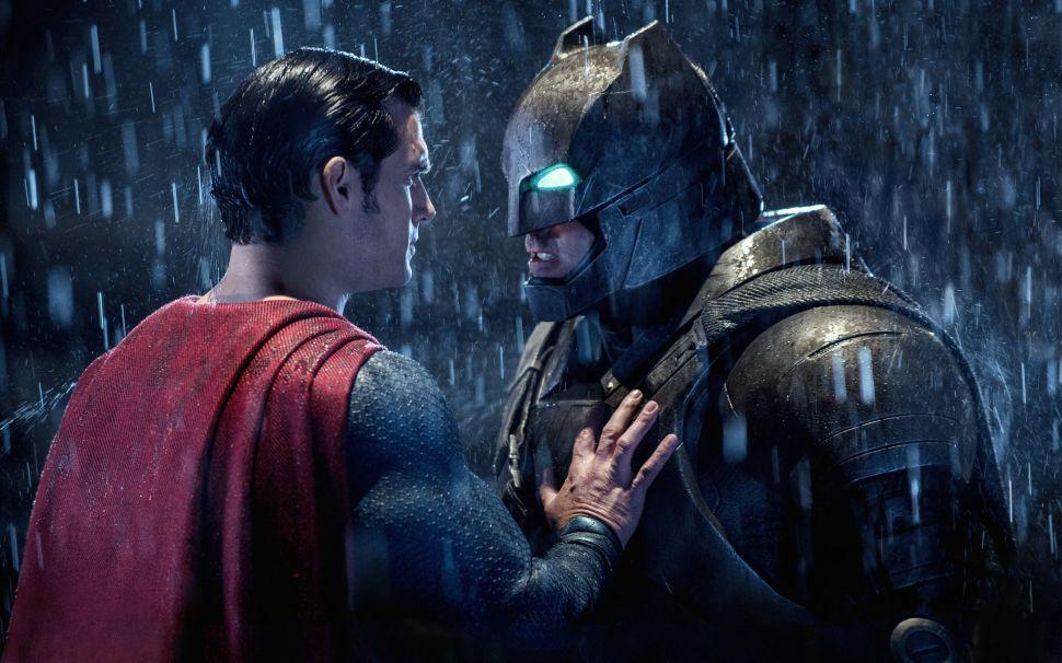 """Martha"" Is Still the Weakest Link of 'Batman v Superman'"