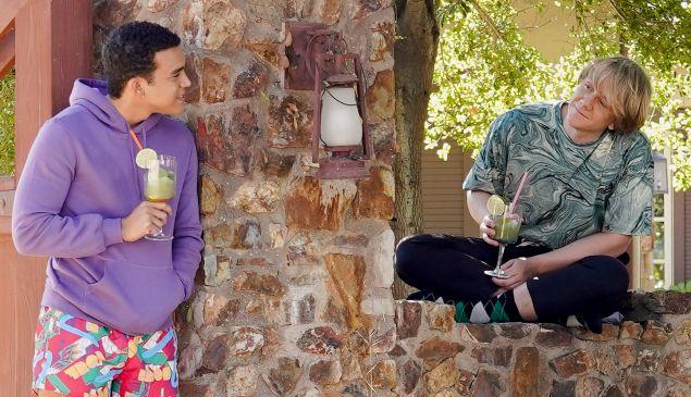 Alex (Adam Faison) and Nicholas (Josh Thomas) in Everything's Gonna Be Okay