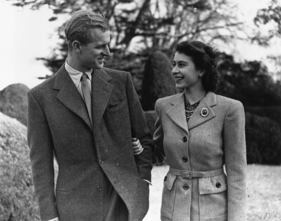 How Queen Elizabeth Will Observe Prince Philip's Death