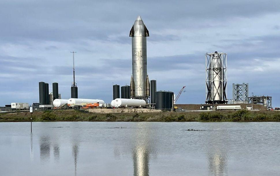 Elon Musk dice que SpaceX puede volar de regreso a la nave espacial SN15 después de su histórico aterrizaje