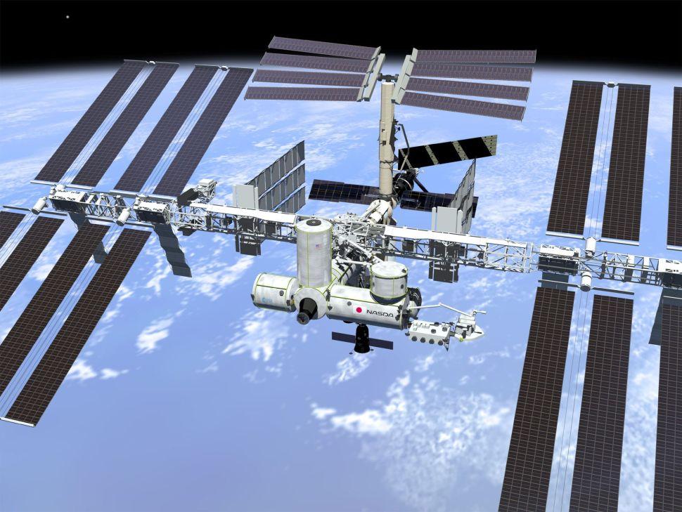 La domanda di vacanze spaziali sulla Stazione Spaziale Internazionale sta esplodendo oltre le capacità della NASA