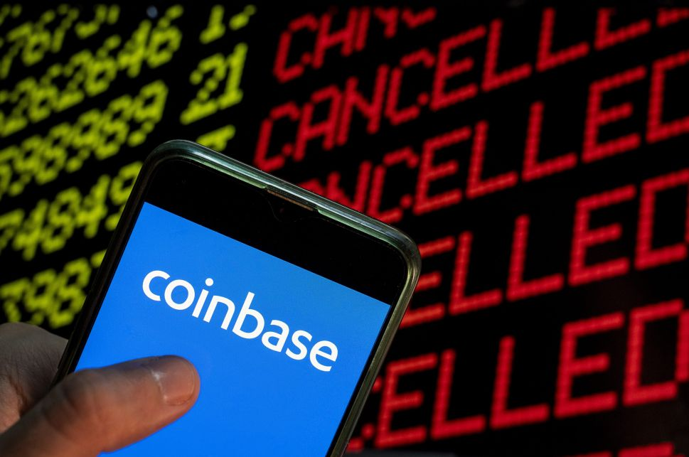 Coinbase, Binance and Other Crypto See Outages as Prices Continue to Plummet