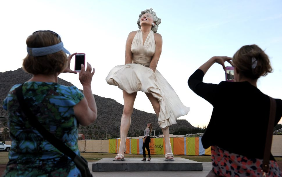 A Racy Marilyn Monroe Statue Is Sparking Controversy in Palm Springs