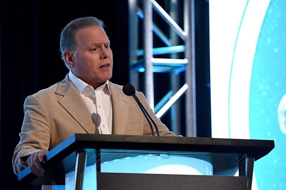 """Discovery CEO Looks to """"Earn the Trust and Respect"""" of WarnerMedia"""