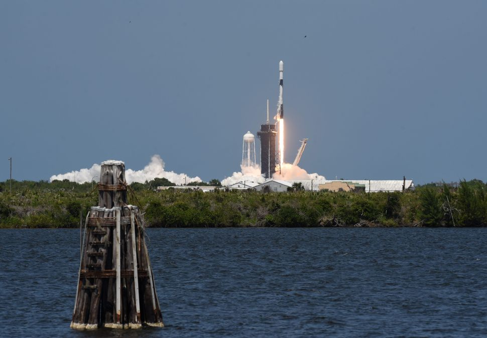 Elon Musk Blames FAA After SpaceX Scrubs Falcon 9 Mission at Last Second