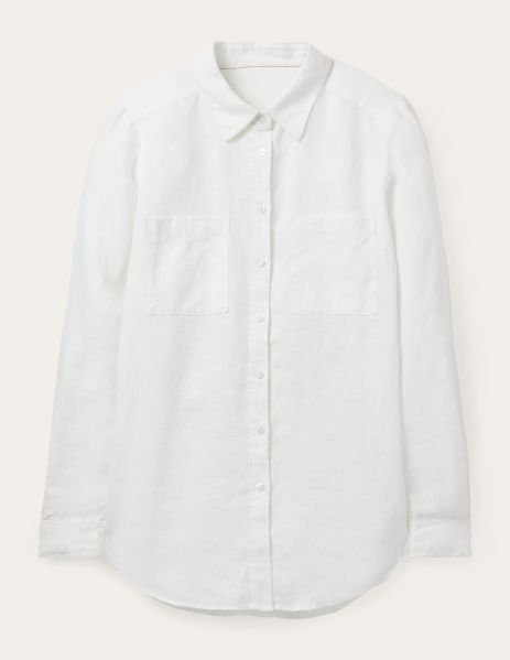 The Classic White Button-Down Shirts That Are Anything But Basic 2