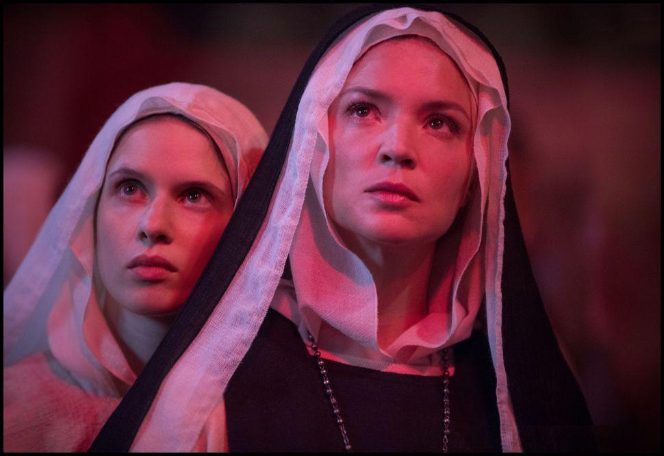 Paul Verhoeven's 'Benedetta' Is Lesbian Nunsploitation Fit for a Plague
