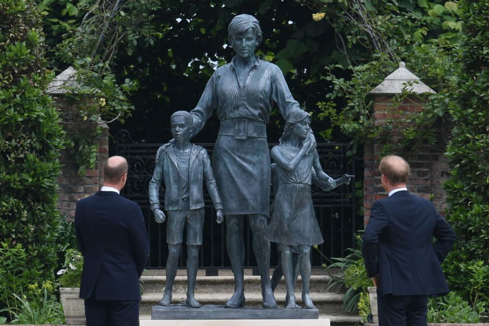 Princess Diana Statue at Kensington Palace Will Be Open to the Public on Anniversary of Her Death