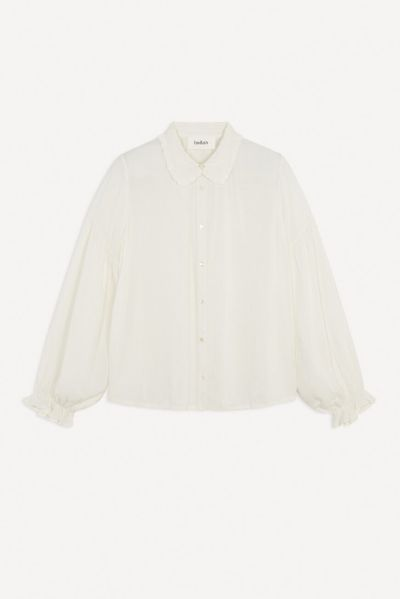 The Classic White Button-Down Shirts That Are Anything But Basic 3