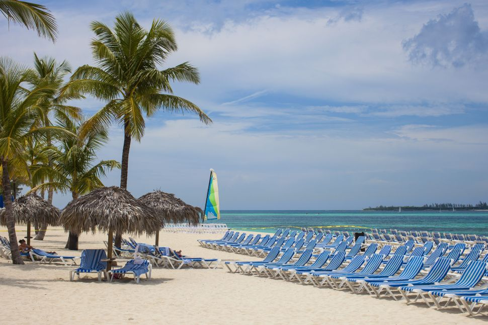 CDC Adds Bahamas and 5 More Destinations to Highest COVID-19 Travel Warning Level